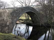 ivelet bridge over the river swale